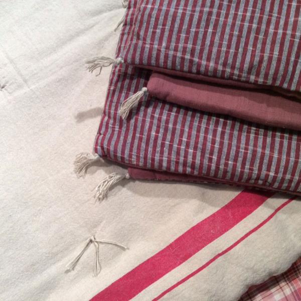 plaid metis en lin et coton rouge cerise. Black Bedroom Furniture Sets. Home Design Ideas