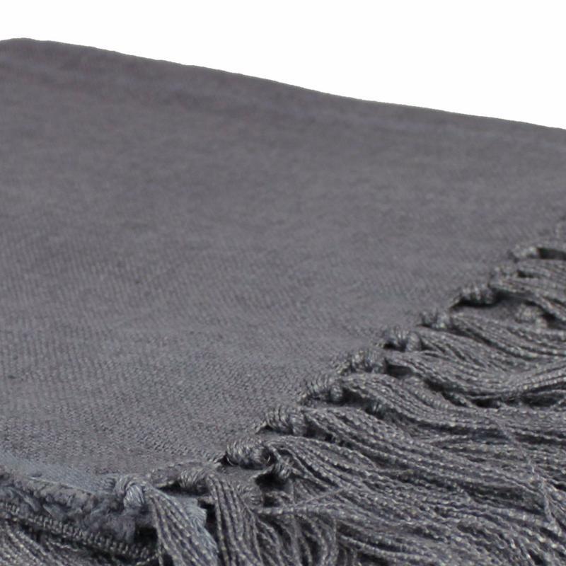 plaid en lin gris 140x160cm. Black Bedroom Furniture Sets. Home Design Ideas