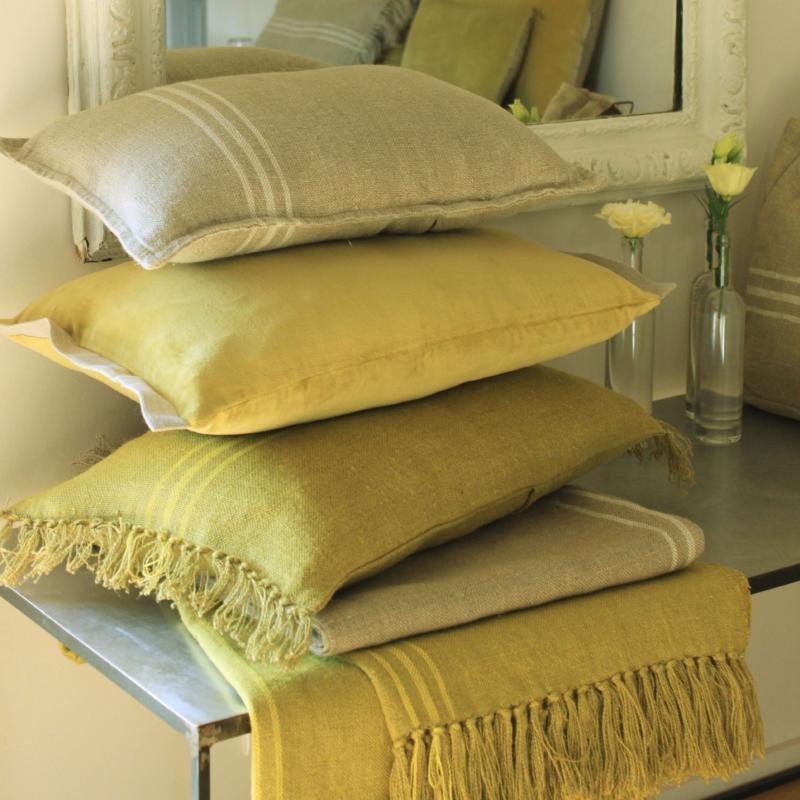 plaid en lin jaune 140x270cm. Black Bedroom Furniture Sets. Home Design Ideas